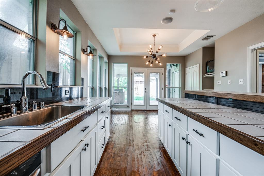 6405 Grand  Avenue, Dallas, Texas 75223 - acquisto real estate best real estate company in frisco texas real estate showings