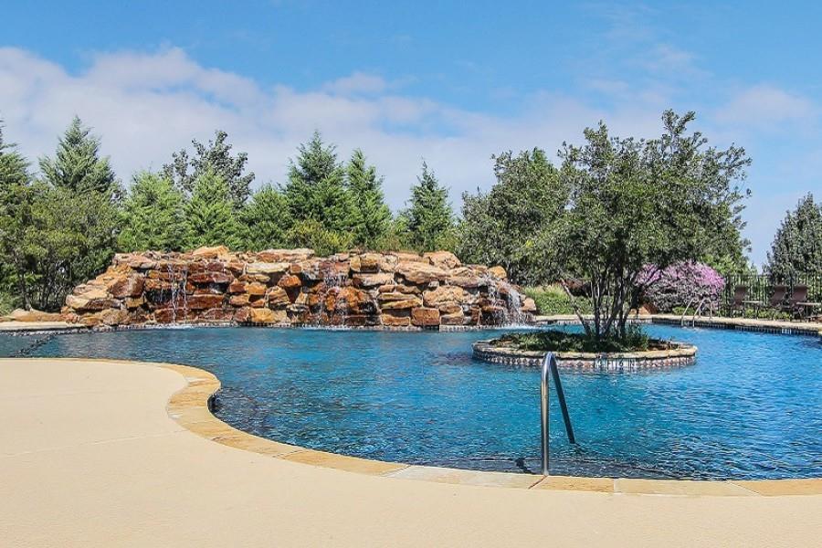 5221 Sutton  Circle, McKinney, Texas 75070 - acquisto real estate best realtor foreclosure real estate mike shepeherd walnut grove realtor