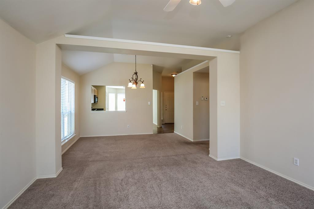 9055 Rushing River  Drive, Fort Worth, Texas 76118 - acquisto real estate best the colony realtor linda miller the bridges real estate