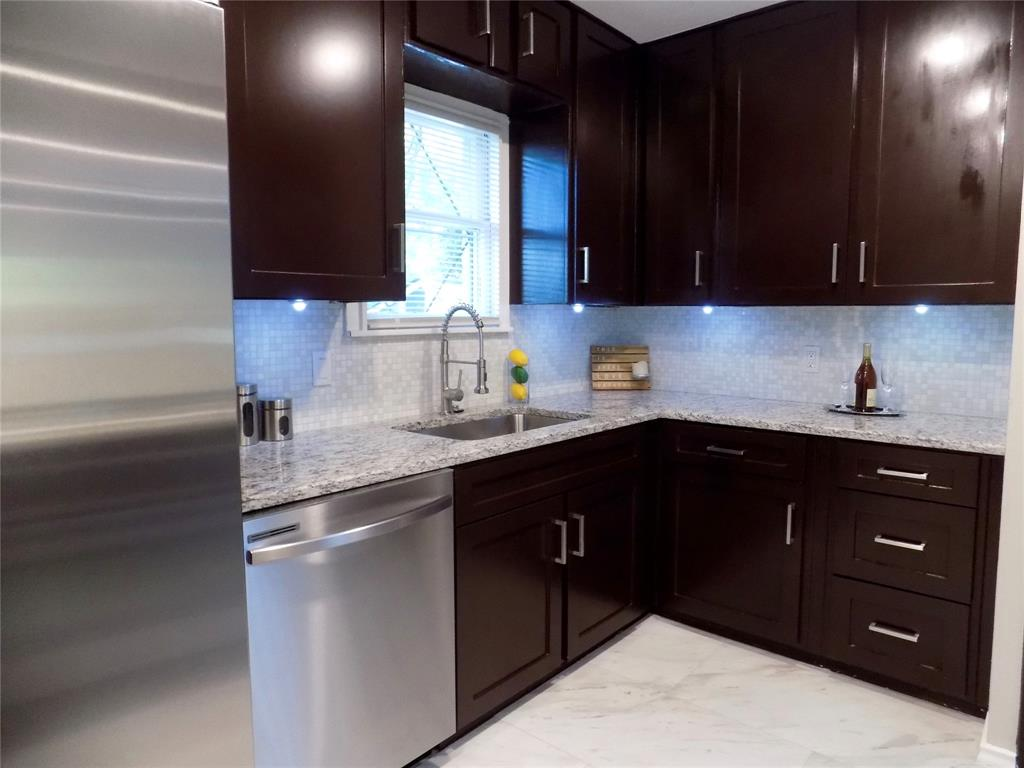 2730 Tisinger  Avenue, Dallas, Texas 75228 - acquisto real estate best investor home specialist mike shepherd relocation expert