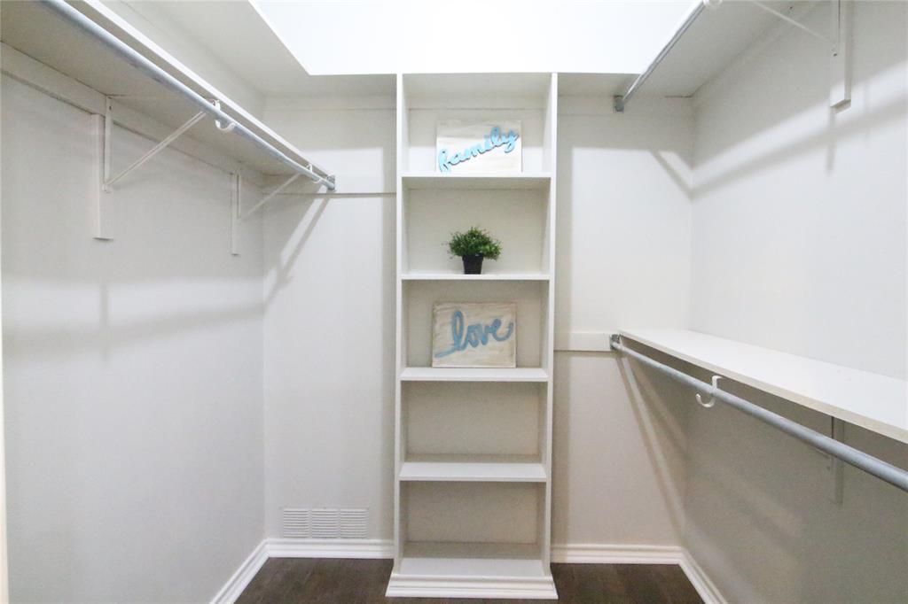 54 Crown  Place, Richardson, Texas 75080 - acquisto real estate best realtor dfw jody daley liberty high school realtor