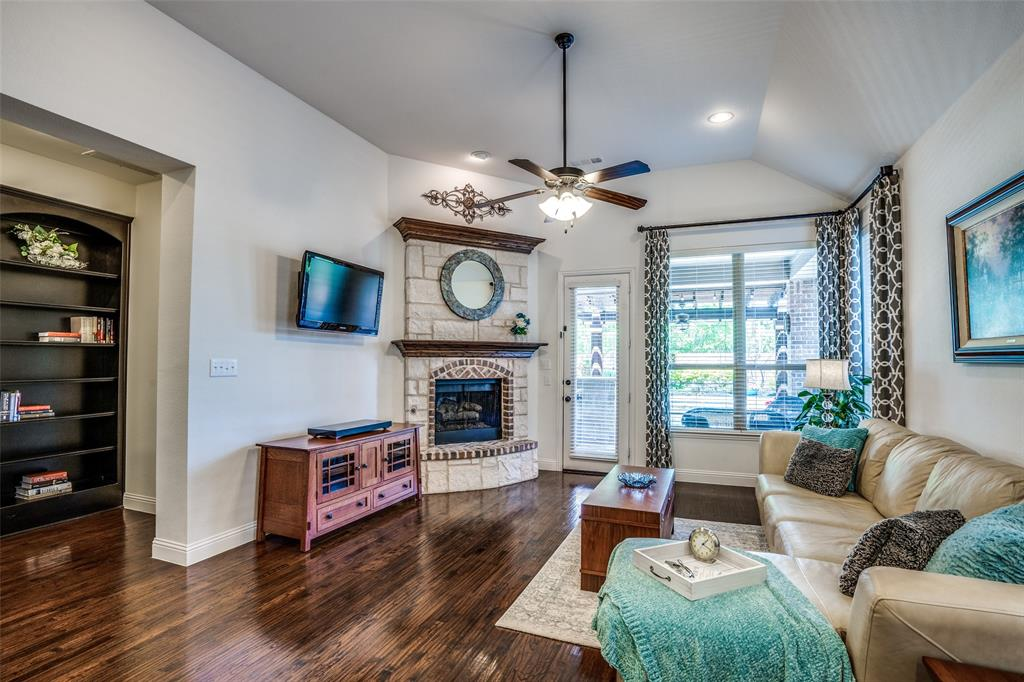 5404 Grove Cove  Drive, McKinney, Texas 75071 - acquisto real estate best flower mound realtor jody daley lake highalands agent of the year