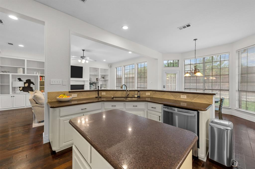 708 Hidden Woods  Drive, Keller, Texas 76248 - acquisto real estate best listing agent in the nation shana acquisto estate realtor