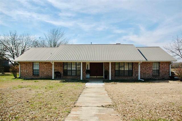 3308 Farm Road 1497  Paris, Texas 75462 - Acquisto Real Estate best plano realtor mike Shepherd home owners association expert