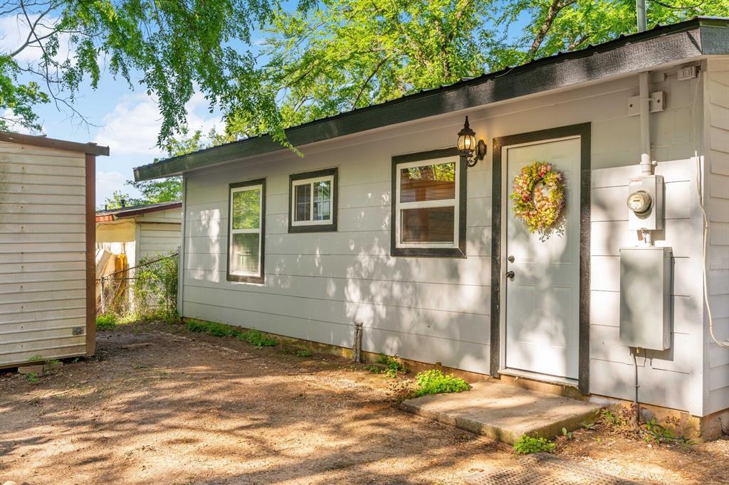 268 Crockett  Street, Lone Star, Texas 75668 - acquisto real estate best realtor foreclosure real estate mike shepeherd walnut grove realtor