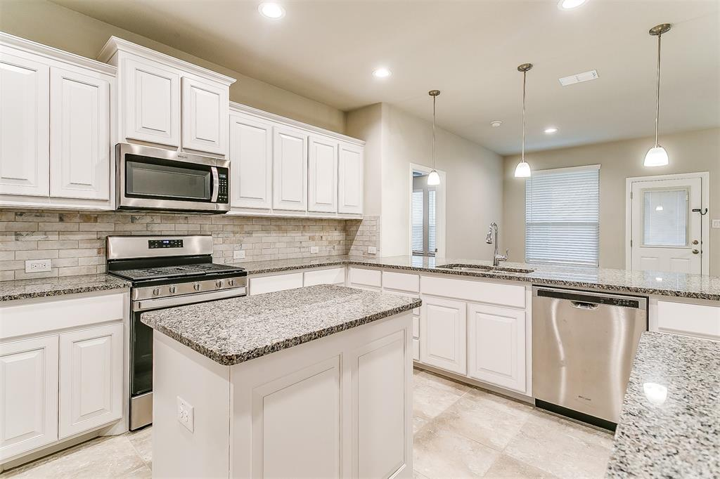 568 Pendennis  Drive, Saginaw, Texas 76131 - acquisto real estate best real estate company in frisco texas real estate showings