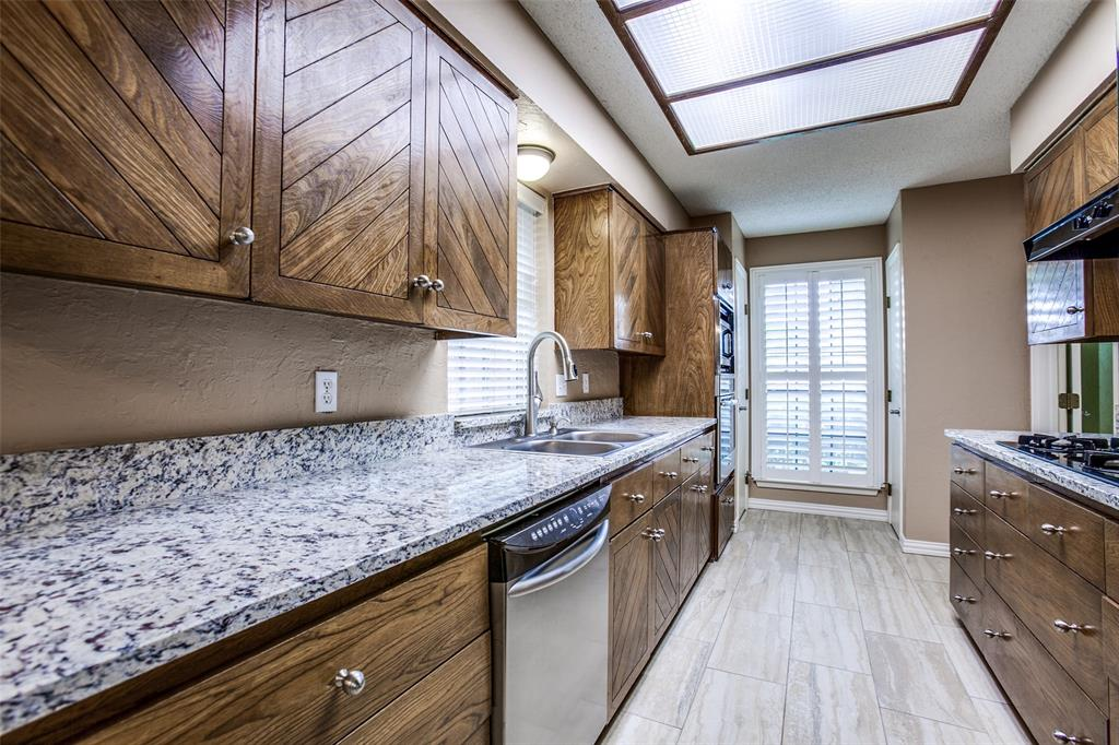 912 Berkeley  Drive, Richardson, Texas 75081 - acquisto real estate best real estate company to work for