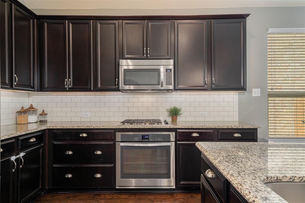 600 Sundrop  Drive, Little Elm, Texas 75068 - acquisto real estate best prosper realtor susan cancemi windfarms realtor