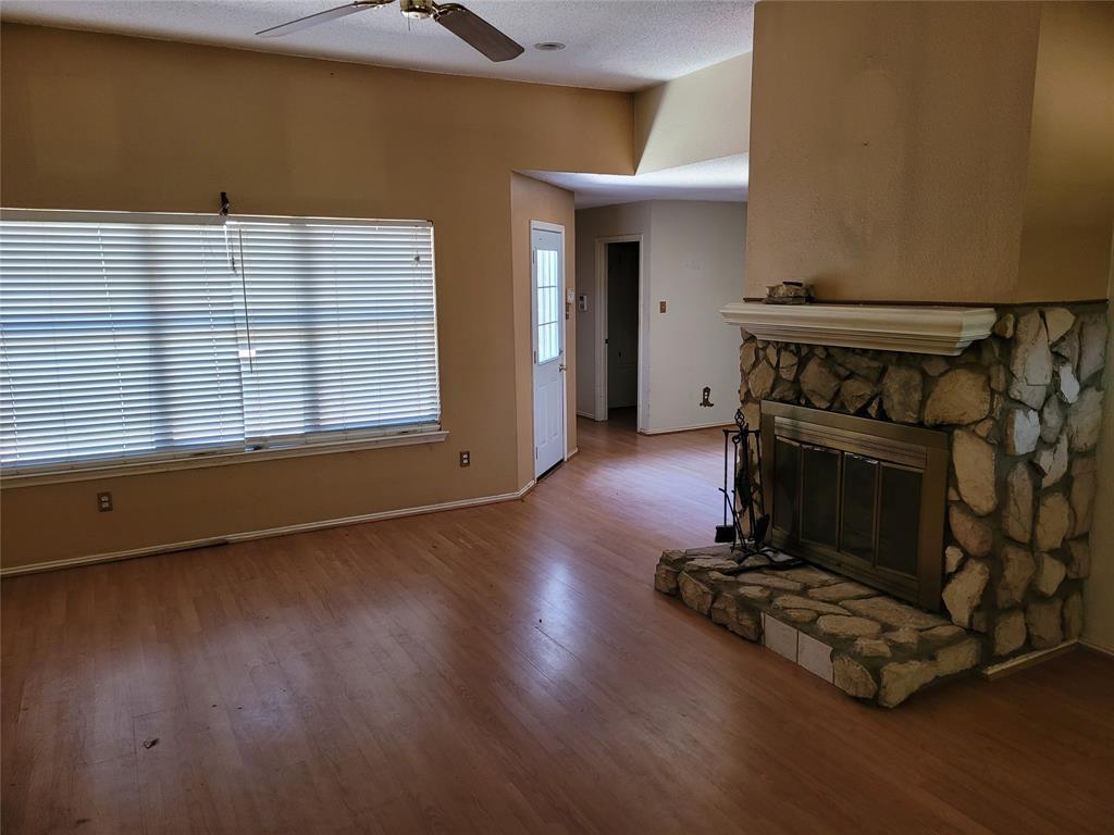 2617 Hawk  Drive, Mesquite, Texas 75181 - acquisto real estate best listing listing agent in texas shana acquisto rich person realtor