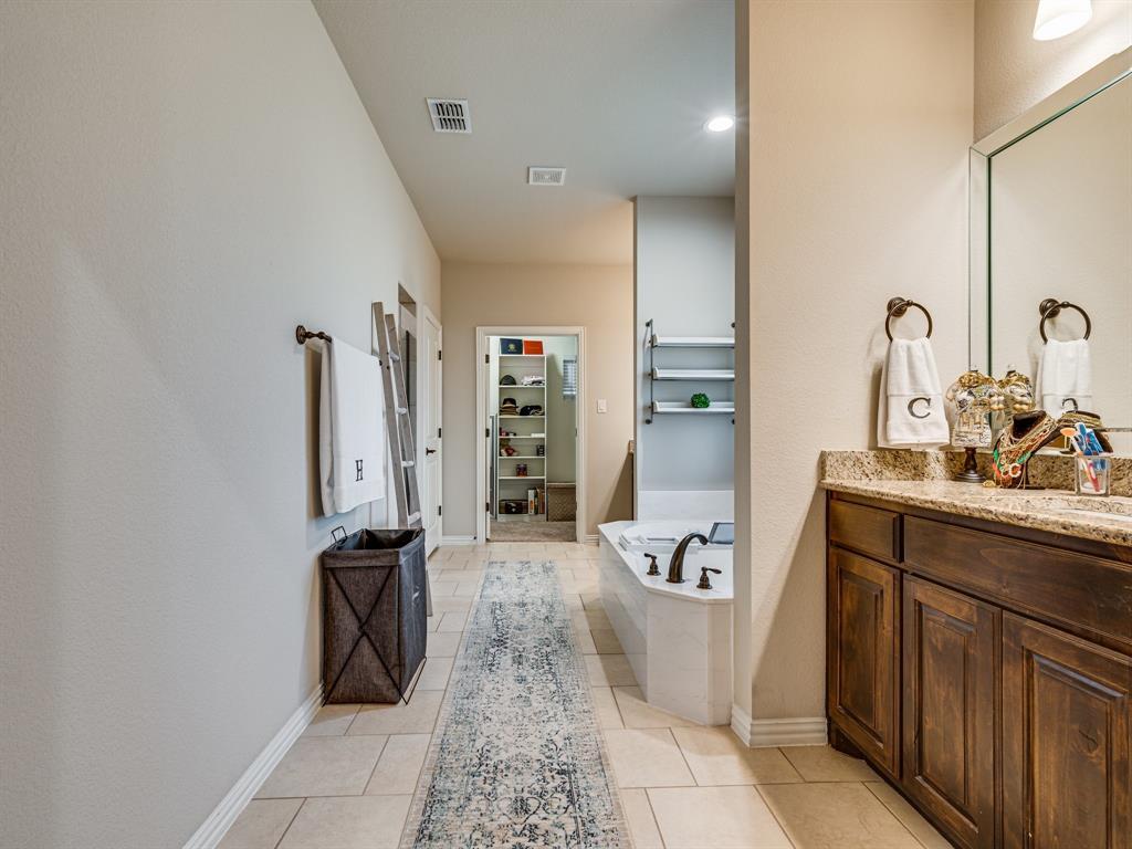 104 Piper  Parkway, Waxahachie, Texas 75165 - acquisto real estate best negotiating realtor linda miller declutter realtor