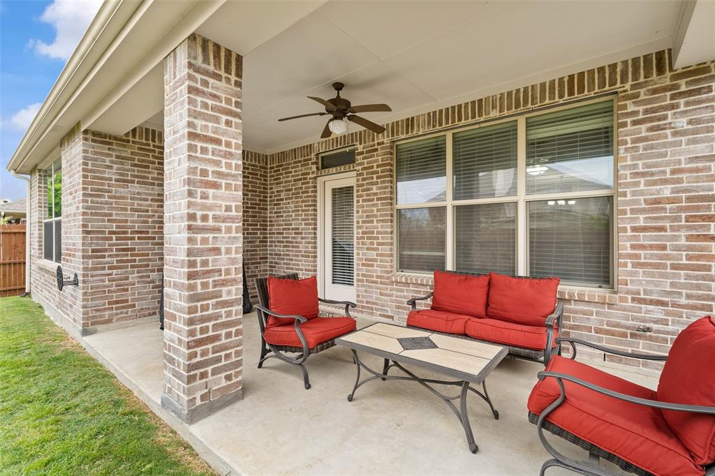 1920 Fairway Glen  Drive, Wylie, Texas 75098 - acquisto real estate best negotiating realtor linda miller declutter realtor