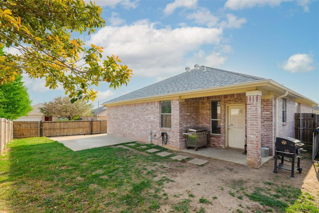 6312 Seal  Cove, Fort Worth, Texas 76179 - acquisto real estate best plano real estate agent mike shepherd
