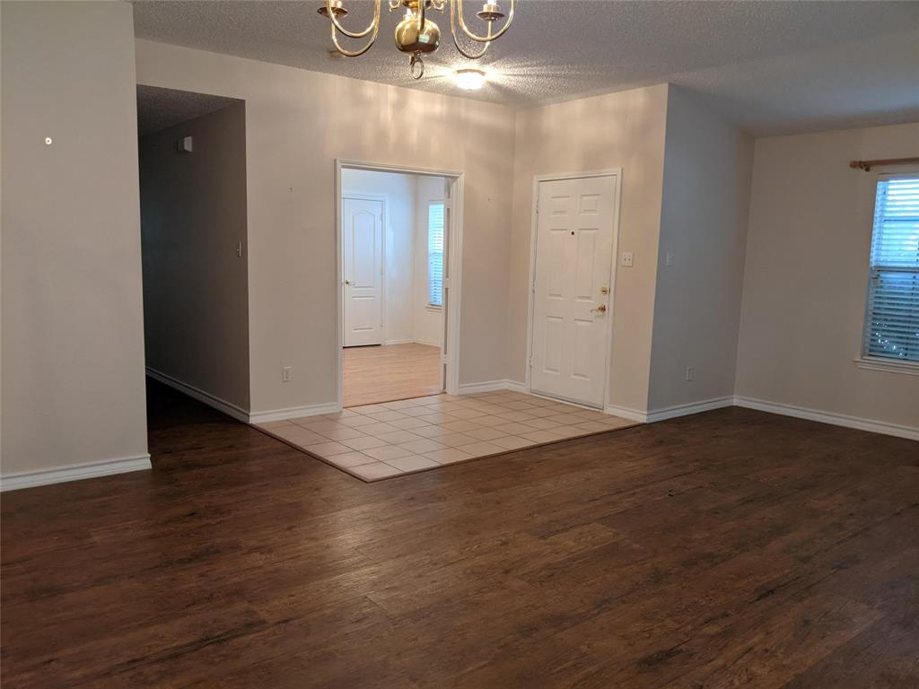 905 Meadowgate  Drive, Allen, Texas 75002 - acquisto real estate best real estate company to work for