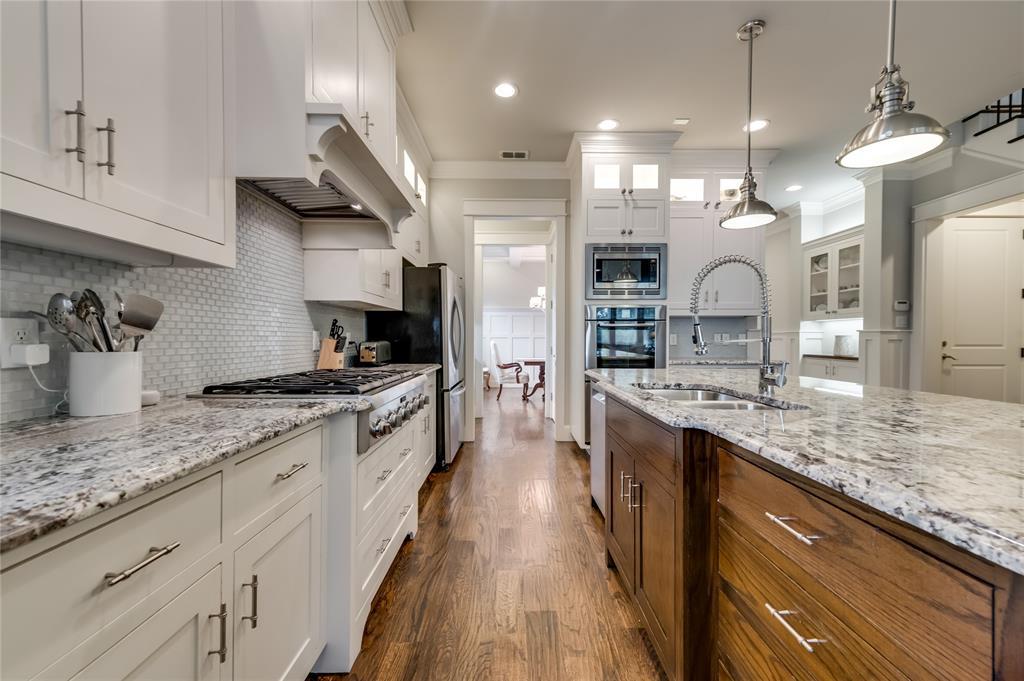 5913 Vickery  Boulevard, Dallas, Texas 75206 - acquisto real estate best highland park realtor amy gasperini fast real estate service