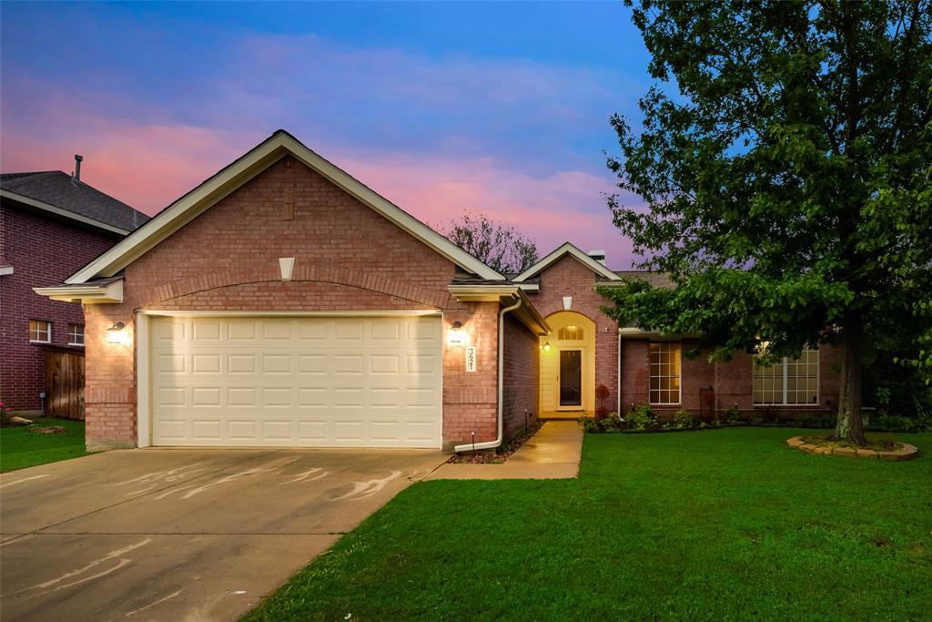 3621 Ranchman  Boulevard, Denton, Texas 76210 - Acquisto Real Estate best plano realtor mike Shepherd home owners association expert