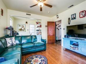 5210 Junius  Street, Dallas, Texas 75214 - acquisto real estate best the colony realtor linda miller the bridges real estate