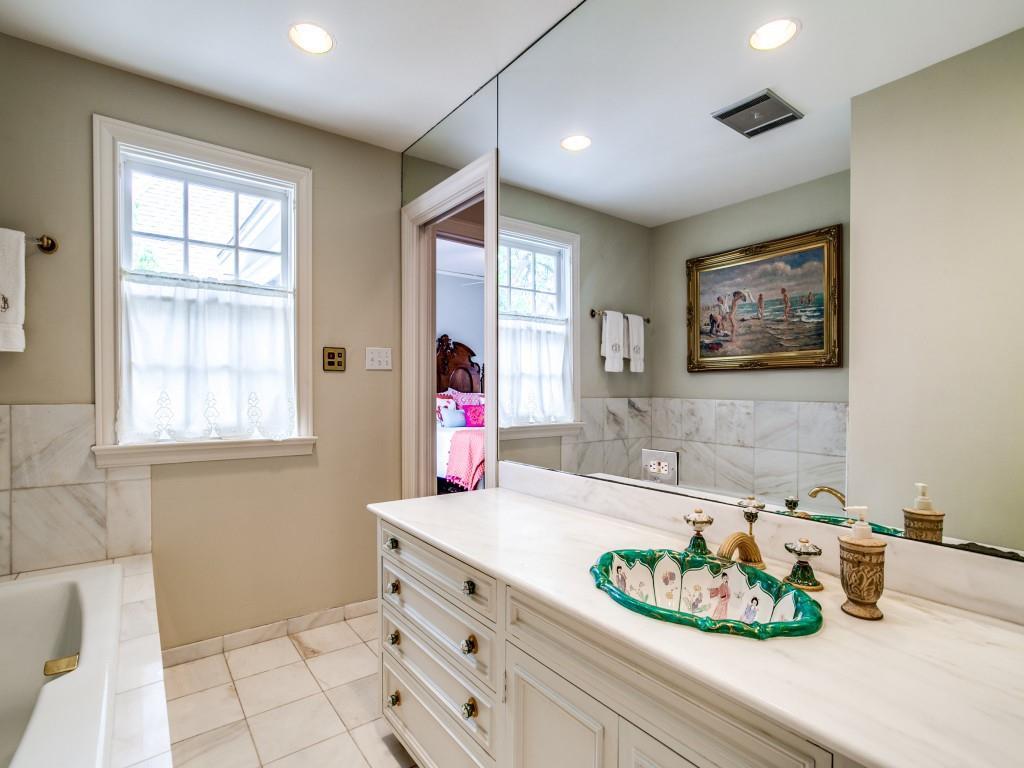4432 Edmondson  Avenue, Highland Park, Texas 75205 - acquisto real estate best looking realtor in america shana acquisto