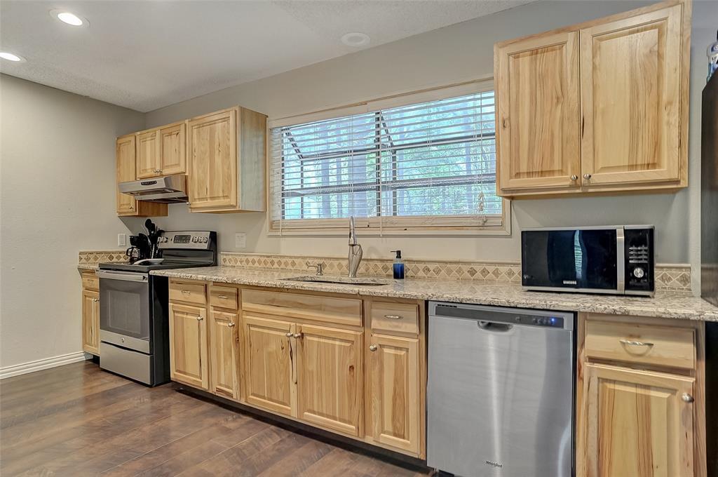 27 Preston Oaks  Drive, Pottsboro, Texas 75076 - acquisto real estate best new home sales realtor linda miller executor real estate