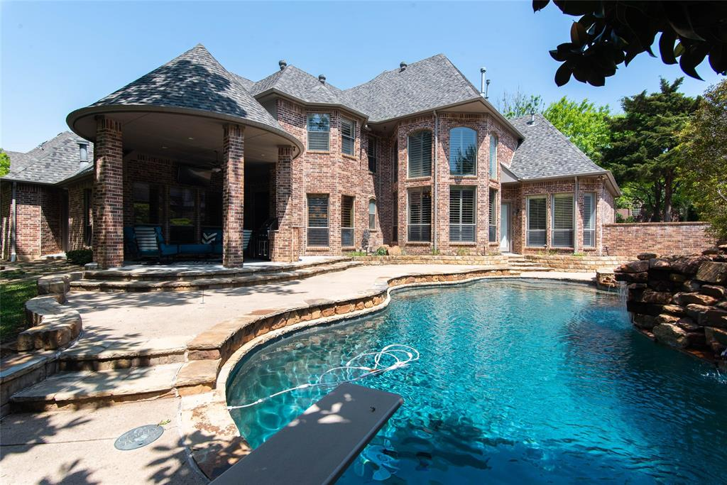 577 Round Hollow  Lane, Southlake, Texas 76092 - acquisto real estate best plano real estate agent mike shepherd