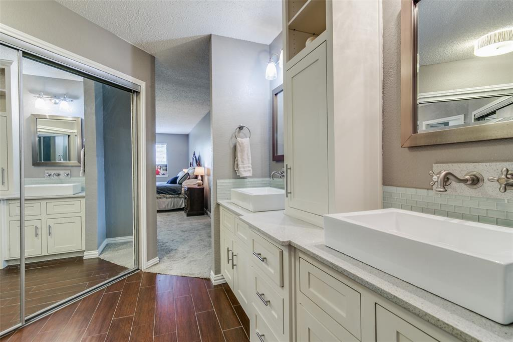 3205 Meadowood  Drive, Garland, Texas 75040 - acquisto real estate best photos for luxury listings amy gasperini quick sale real estate
