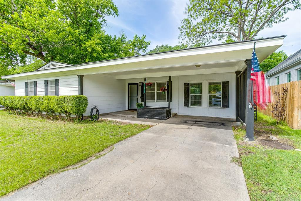 5884 Tracyne  Drive, Westworth Village, Texas 76114 - acquisto real estate best the colony realtor linda miller the bridges real estate
