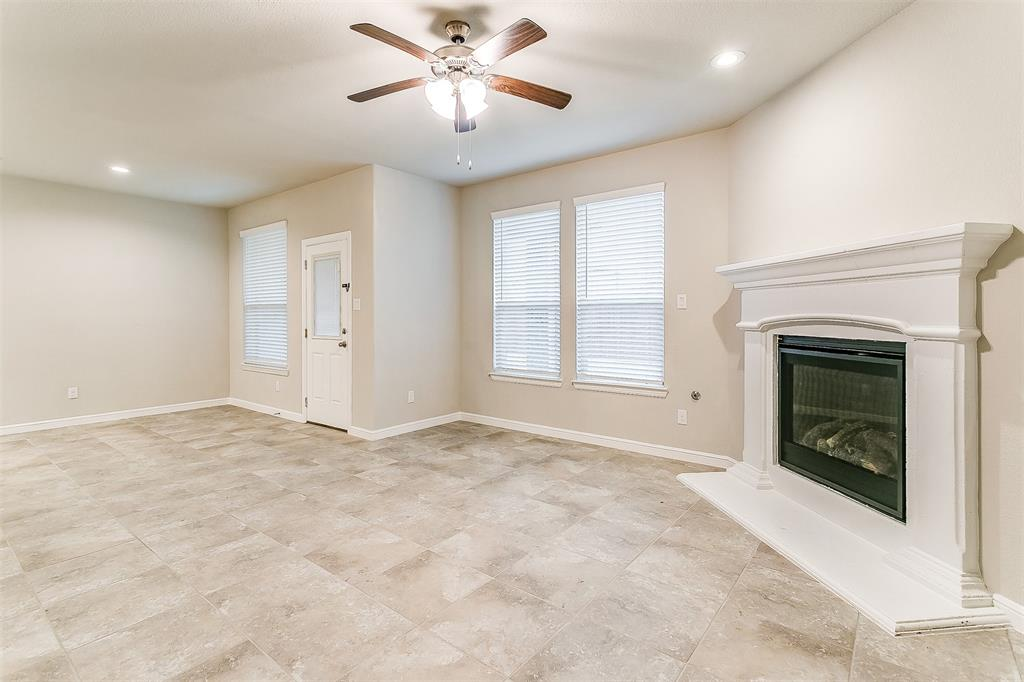 568 Pendennis  Drive, Saginaw, Texas 76131 - acquisto real estate best investor home specialist mike shepherd relocation expert