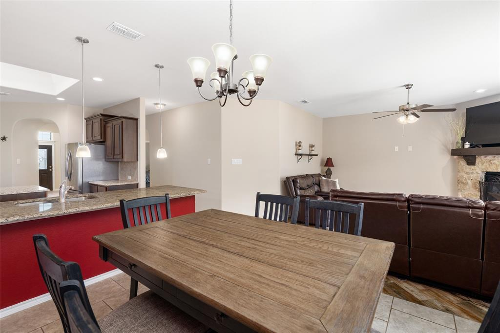 9145 Bronze Meadow  Drive, Fort Worth, Texas 76131 - acquisto real estate best real estate company to work for