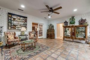 9631 Hilldale  Drive, Dallas, Texas 75231 - acquisto real estate mvp award real estate logan lawrence