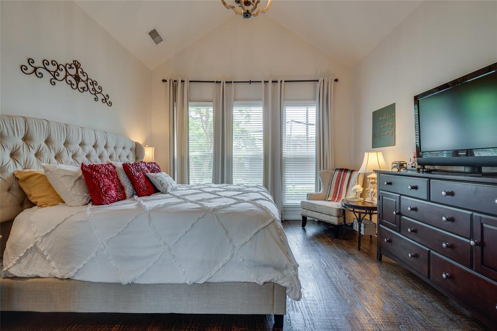 2000 Ledgestone  Drive, Corinth, Texas 76210 - acquisto real estate best realtor foreclosure real estate mike shepeherd walnut grove realtor