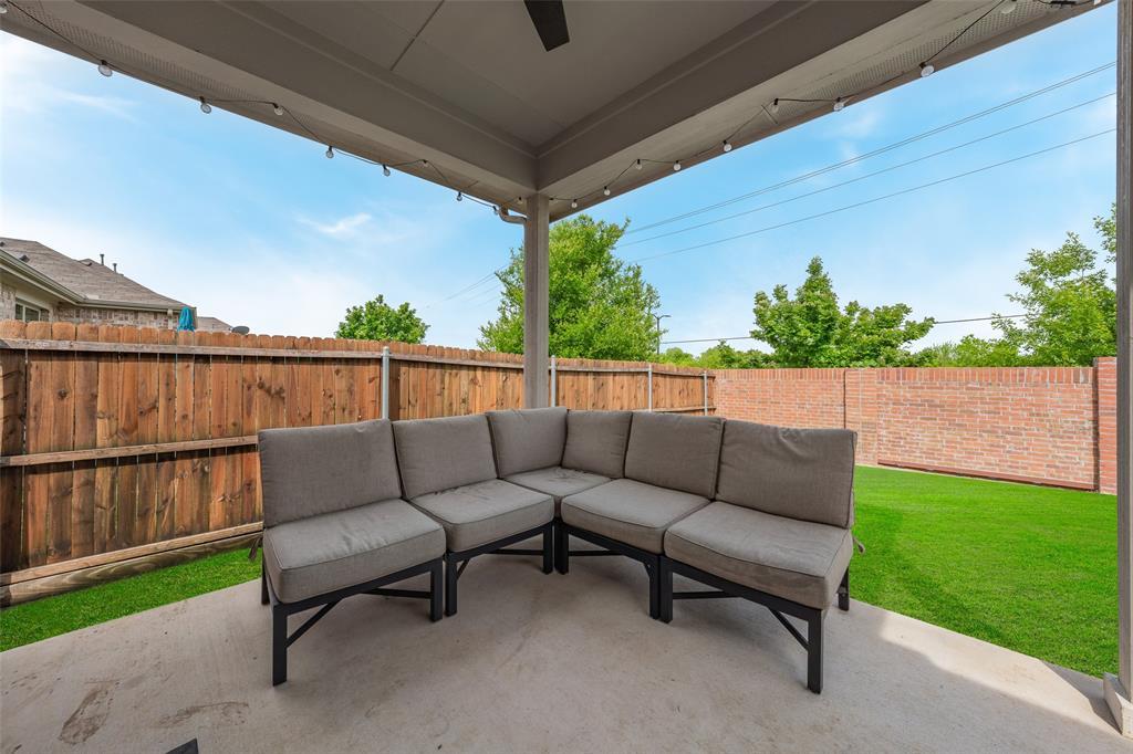 600 Sundrop  Drive, Little Elm, Texas 75068 - acquisto real estate best negotiating realtor linda miller declutter realtor