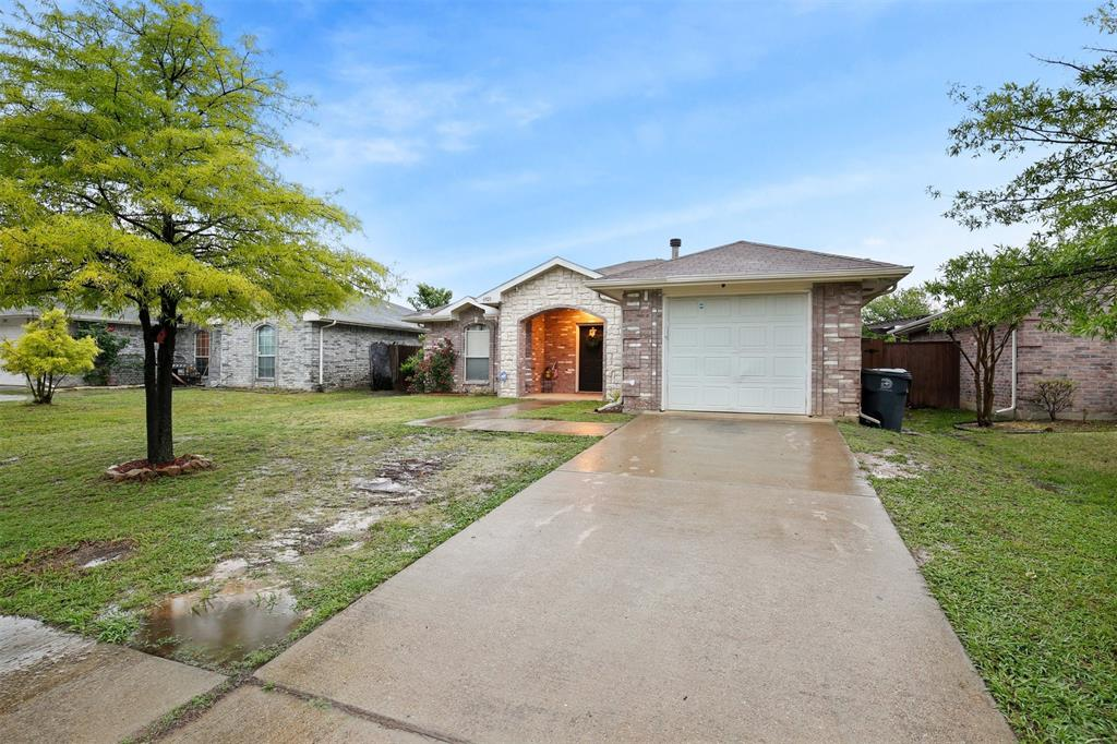 6921 Barrett  Drive, Dallas, Texas 75217 - acquisto real estate best realtor foreclosure real estate mike shepeherd walnut grove realtor