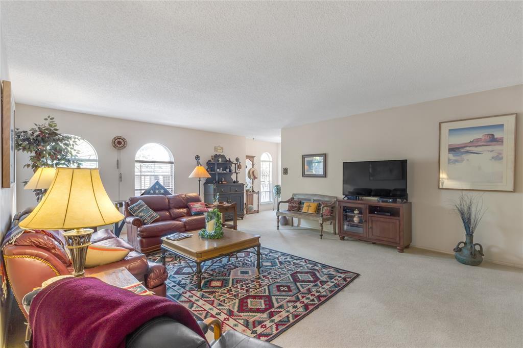 5925 Copperwood  Lane, Dallas, Texas 75248 - acquisto real estate best allen realtor kim miller hunters creek expert