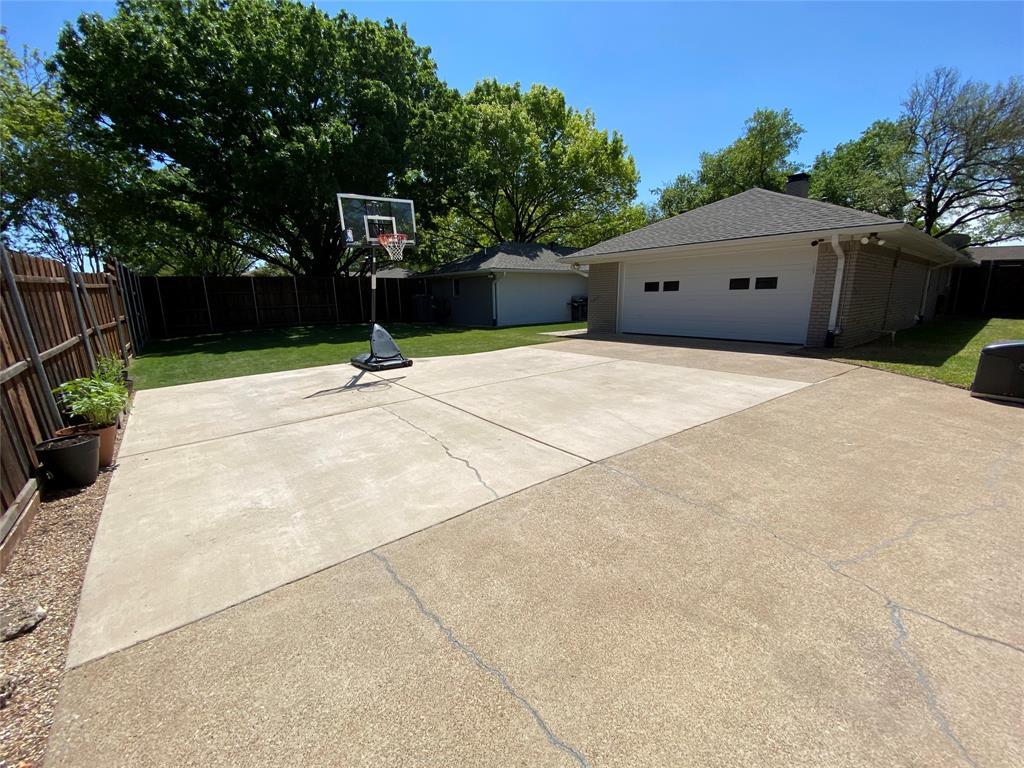 7227 Bluefield  Drive, Dallas, Texas 75248 - acquisto real estate best highland park realtor amy gasperini fast real estate service