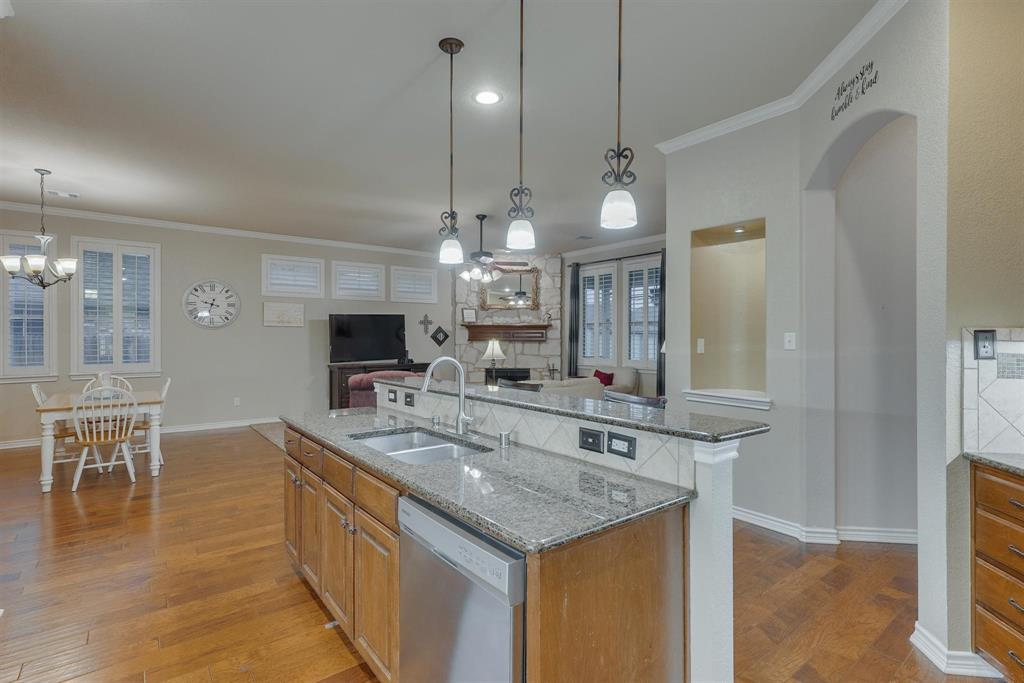 9504 Havenway  Drive, Denton, Texas 76226 - acquisto real estate best new home sales realtor linda miller executor real estate