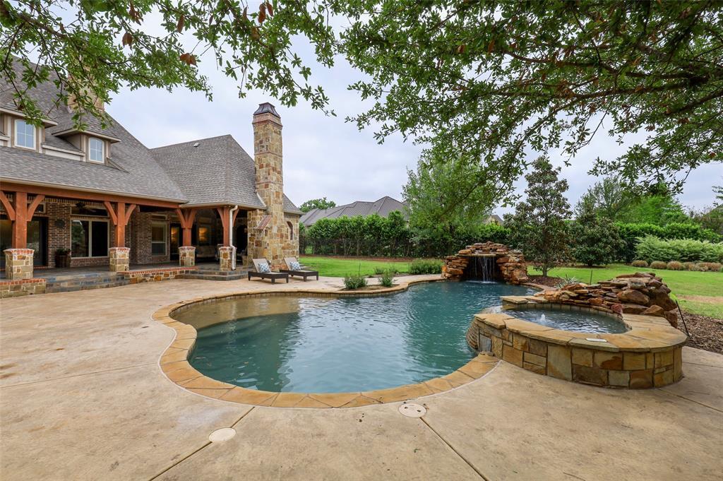 1710 Bur Oak  Drive, Southlake, Texas 76092 - acquisto real estate smartest realtor in america shana acquisto