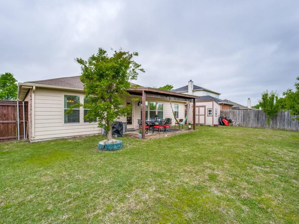 2110 Rose May  Drive, Forney, Texas 75126 - acquisto real estate best realtor foreclosure real estate mike shepeherd walnut grove realtor