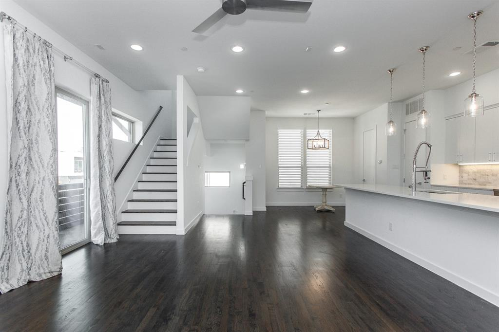 1910 Euclid  Avenue, Dallas, Texas 75206 - acquisto real estate best designer and realtor hannah ewing kind realtor