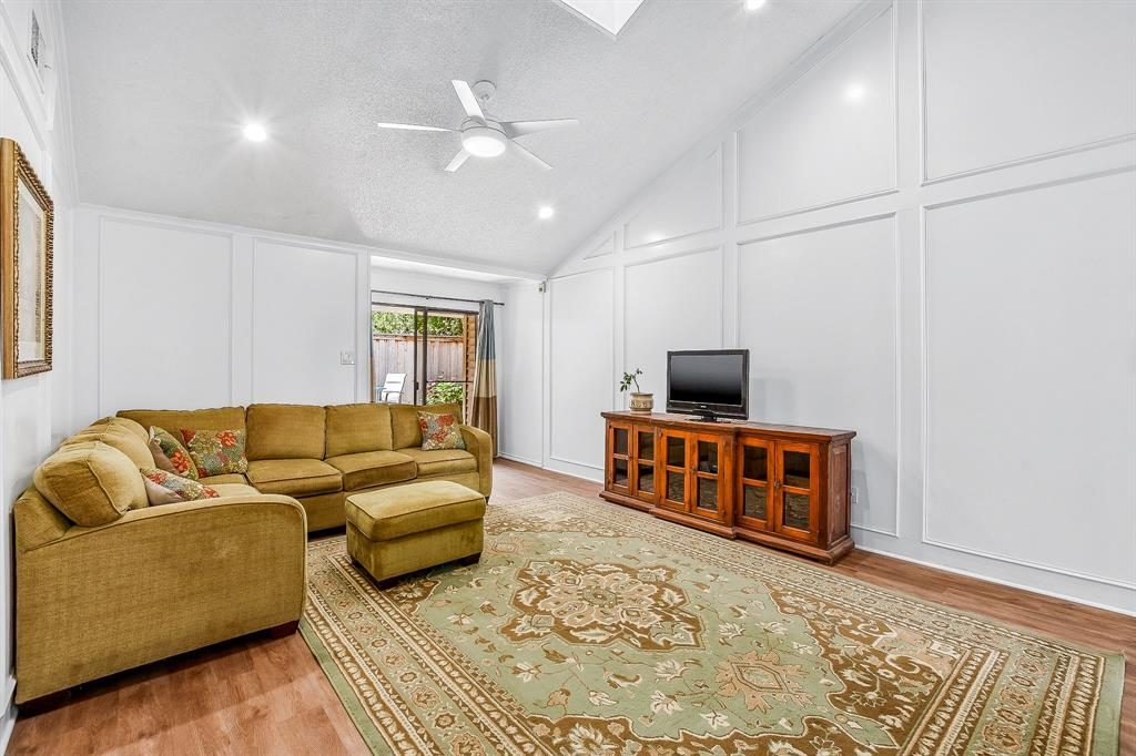 2820 Prescott  Drive, Carrollton, Texas 75006 - acquisto real estate best new home sales realtor linda miller executor real estate