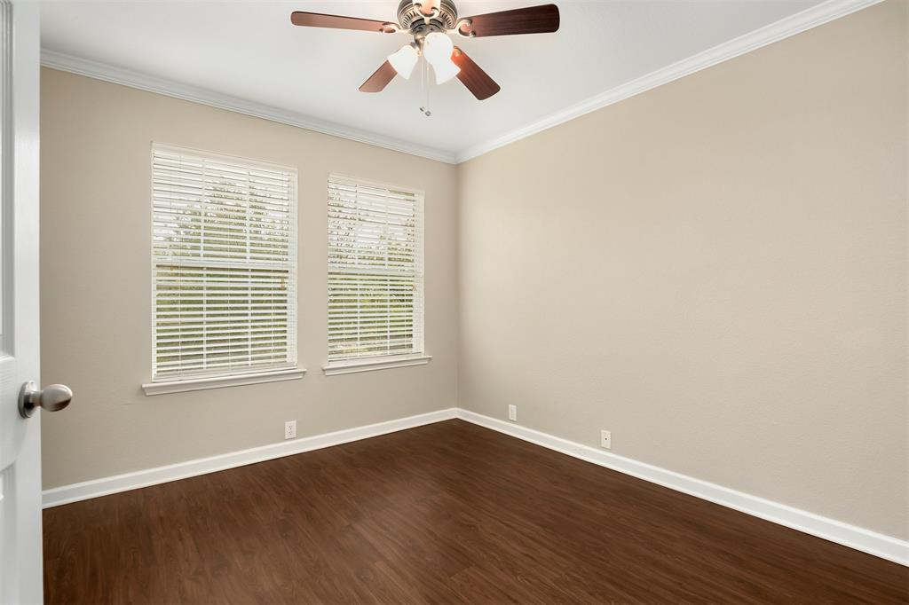 2214 Glacier Park  Lane, Grand Prairie, Texas 75050 - acquisto real estate best realtor foreclosure real estate mike shepeherd walnut grove realtor