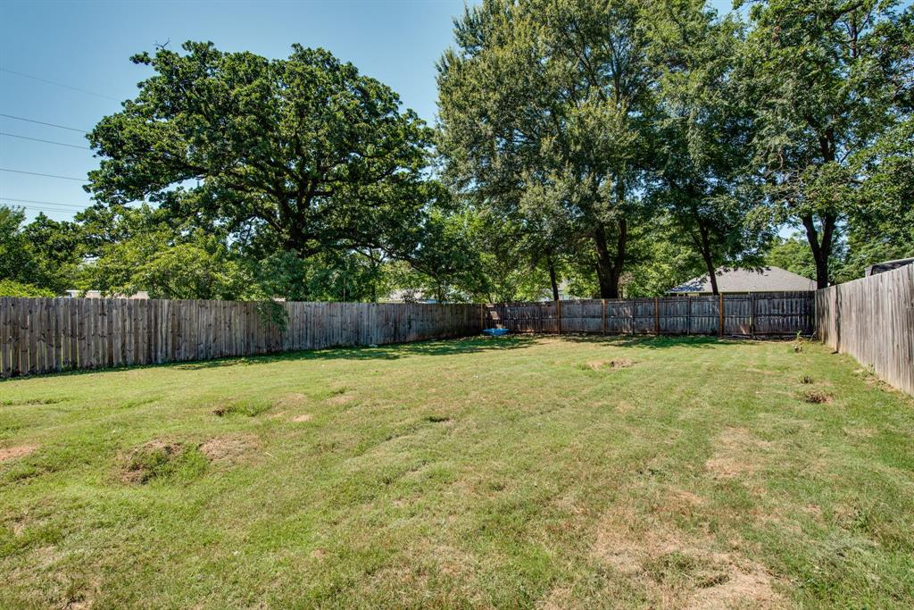 929 Ford  Street, Denison, Texas 75020 - acquisto real estate best realtor dallas texas linda miller agent for cultural buyers