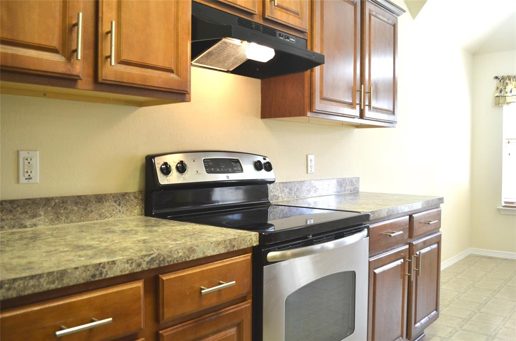 4500 Ashbury  Lane, Mansfield, Texas 76063 - acquisto real estate best real estate company to work for