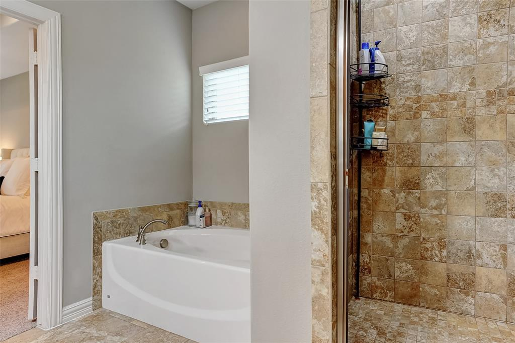 3401 Preston Club  Drive, Sherman, Texas 75092 - acquisto real estate best frisco real estate agent amy gasperini panther creek realtor