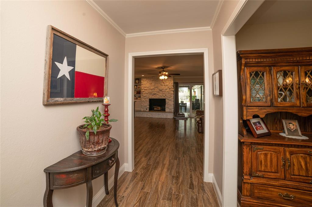 2426 Sherwood  Drive, Grand Prairie, Texas 75050 - acquisto real estate best listing listing agent in texas shana acquisto rich person realtor