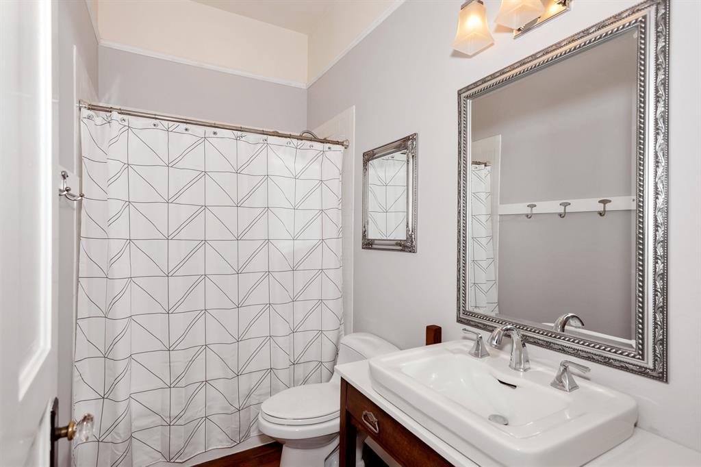 2260 Fairmount  Avenue, Fort Worth, Texas 76110 - acquisto real estate best prosper realtor susan cancemi windfarms realtor