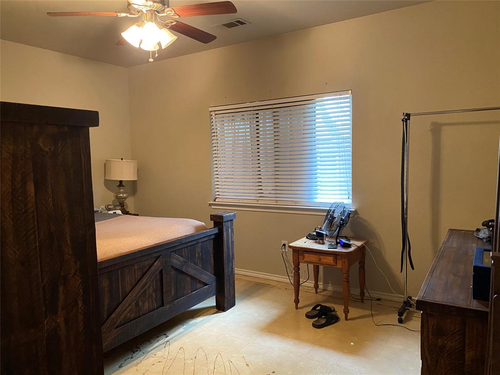 317 Texas  Drive, Lake Dallas, Texas 75065 - acquisto real estate best designer and realtor hannah ewing kind realtor