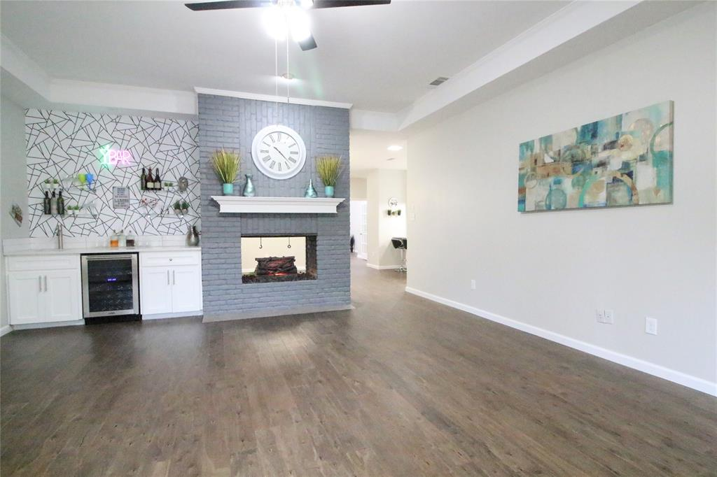 54 Crown  Place, Richardson, Texas 75080 - acquisto real estate best real estate company to work for