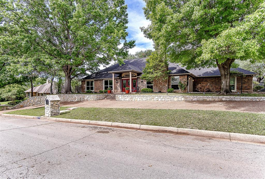 6909 Battle Creek  Road, Fort Worth, Texas 76116 - acquisto real estate best allen realtor kim miller hunters creek expert