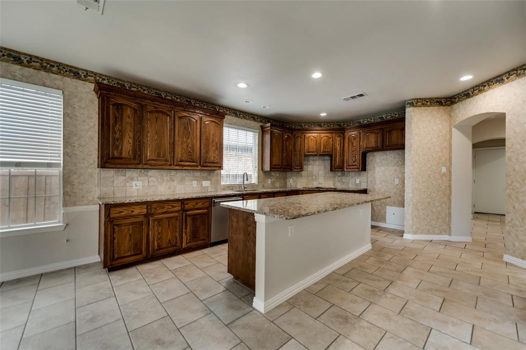2216 Brenham  Drive, McKinney, Texas 75072 - acquisto real estate best real estate company to work for