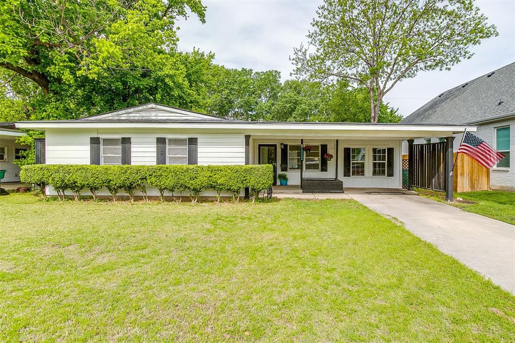 5884 Tracyne  Drive, Westworth Village, Texas 76114 - Acquisto Real Estate best frisco realtor Amy Gasperini 1031 exchange expert