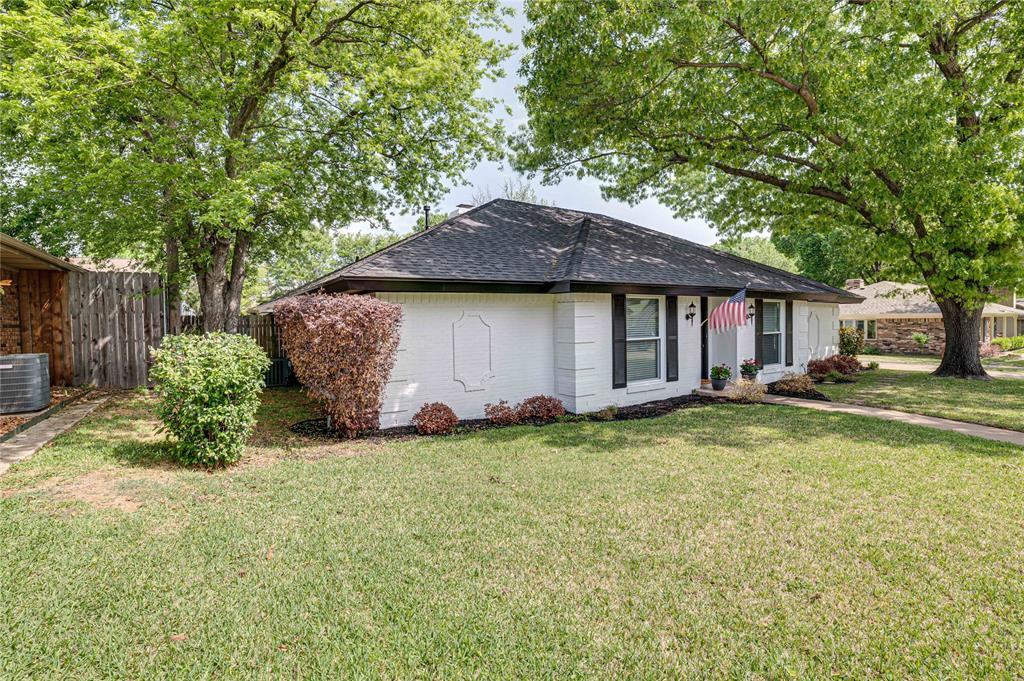 2426 Sherwood  Drive, Grand Prairie, Texas 75050 - Acquisto Real Estate best mckinney realtor hannah ewing stonebridge ranch expert